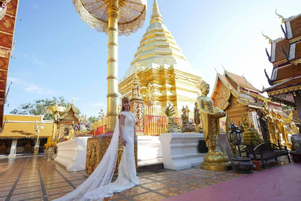 Wandering Wedding Dress In Chiang Mai Goldend Temple Location